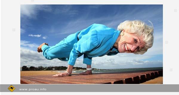 Умопомрачительные трюки 86 летней инструктора йоги из Мельбурна